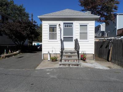 Revere Single Family Home For Sale: 15 Argyle St,
