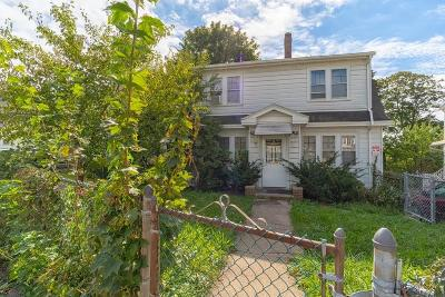 Single Family Home Contingent: 77 Gallivan Blvd