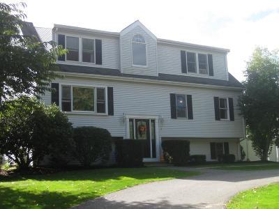 Abington Single Family Home For Sale: 2 Springwood Dr