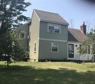 Braintree Single Family Home For Sale: 365 Grove St