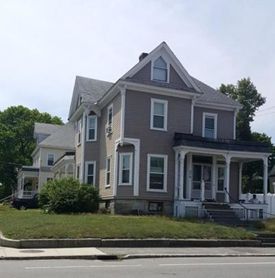 Lowell Single Family Home Contingent: 576 Westford St