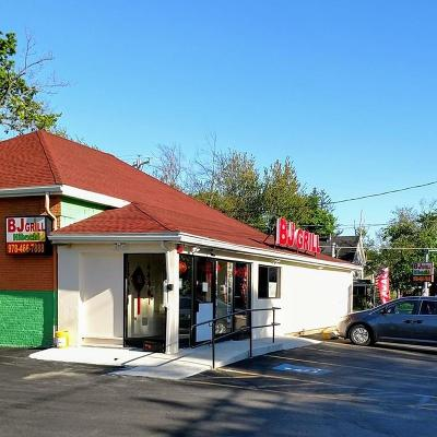 MA-Worcester County Commercial For Sale: 813-815 Main St