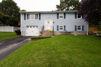 RI-Kent County Single Family Home For Sale: 33 Carolyn Dr