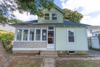 Quincy Single Family Home For Sale: 62 Macy St.