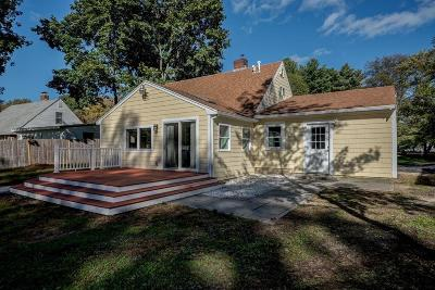 Natick Single Family Home For Sale: 15 Curtis Rd
