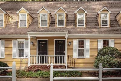 Billerica, Chelmsford, Lowell Condo/Townhouse For Sale: 339 Wellman Ave #167