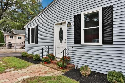 Billerica Single Family Home Under Agreement: 19 Fuller Rd