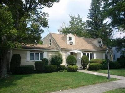 Newton Single Family Home For Sale: 25 Truman Rd