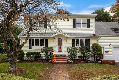 Wakefield Single Family Home For Sale: 7 Fielding St
