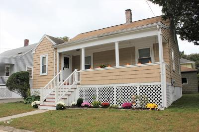 Melrose Single Family Home For Sale: 12 Harvard St
