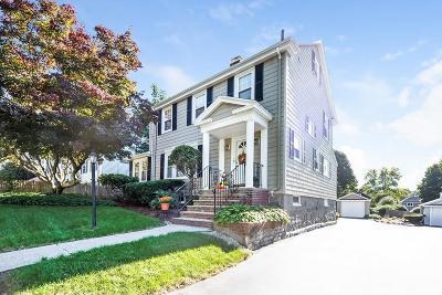Single Family Home For Sale: 219 Wren St
