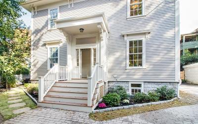 Cambridge Condo/Townhouse For Sale: 98 Trowbridge Street #B