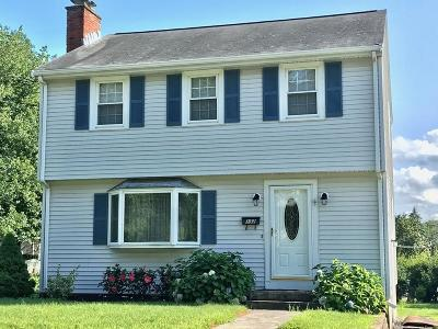 Waltham Single Family Home Under Agreement: 132 Hillcrest Road