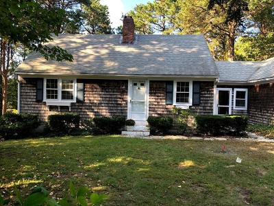 MA-Barnstable County, Plymouth County Single Family Home For Sale: 18 Windsor Ave