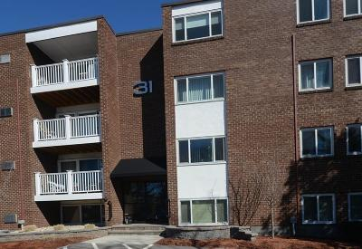 Stoughton Condo/Townhouse Under Agreement: 31 Jones Ter #25