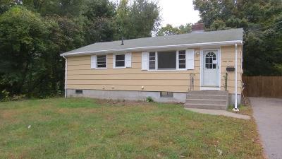 Framingham Single Family Home For Sale: 63 Hemenway Rd