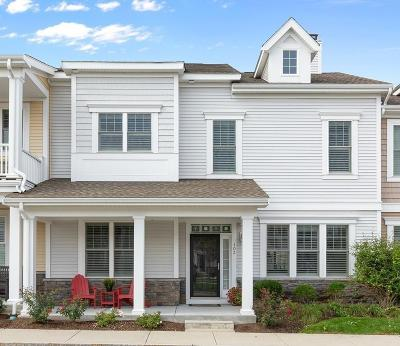 Hingham Single Family Home For Sale: 103 Buckley Pl #103