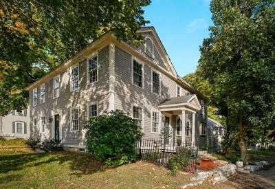 Holliston Single Family Home For Sale: 676 Washington St