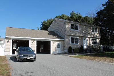 Tewksbury Single Family Home For Sale: 19 Floyd Ave