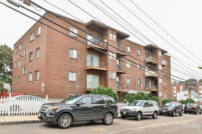 Condo/Townhouse Under Agreement: 175 Clare Avenue #B1