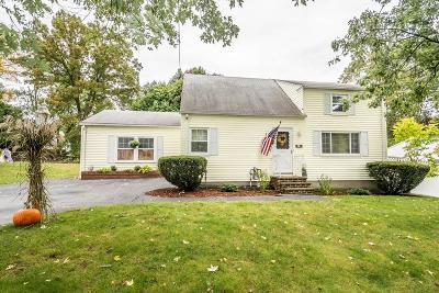 Lowell Single Family Home For Sale: 27 Gerson Ter