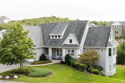 Plymouth MA Condo/Townhouse New: $612,000