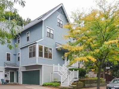 Brookline Condo/Townhouse For Sale: 620 Washington St #3