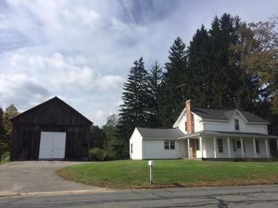 Ludlow Single Family Home For Sale: 637 Miller St