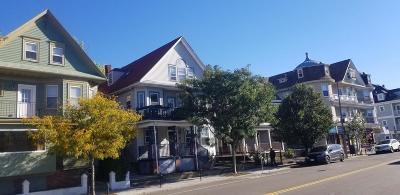 Condo/Townhouse New: 406 Centre #3