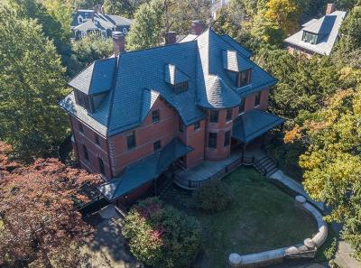 Brookline Single Family Home For Sale: 78 Upland Rd