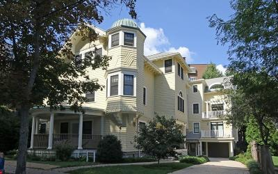 Brookline Condo/Townhouse Contingent: 70 Sewall Ave #2