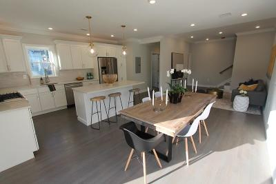 Somerville Condo/Townhouse For Sale: 10 Howe St #2