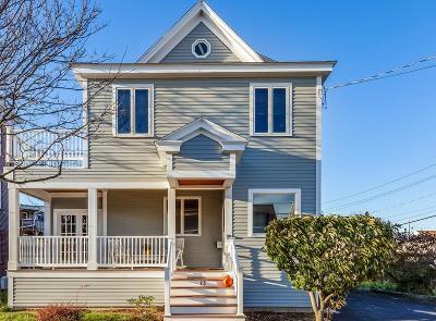 Hull Single Family Home For Sale: 13 V St