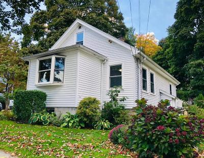 Saugus Single Family Home For Sale: 379 Central St