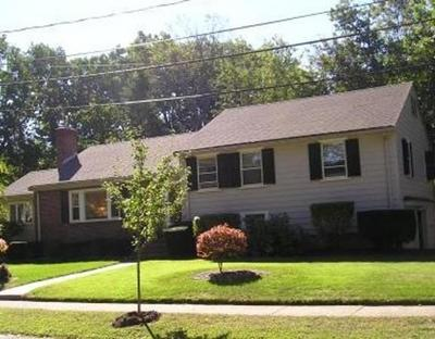 Needham Single Family Home For Sale: 32 Gordon Rd