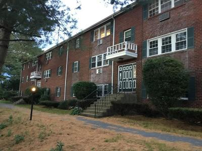 Plymouth MA Condo/Townhouse New: $135,000