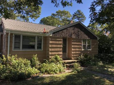 Bourne Single Family Home Under Agreement: 4 Crump Rd