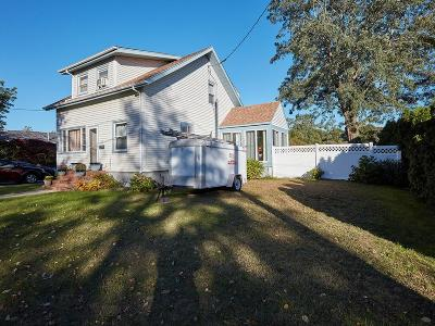 Swansea Single Family Home For Sale: 18 Mildred Ave.