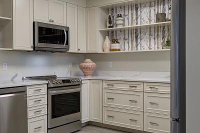 Middleboro Rental New: 2 Evergreen Drive #204