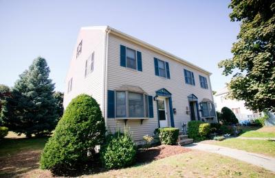 Danvers Condo/Townhouse For Sale: 209 Pine St #A