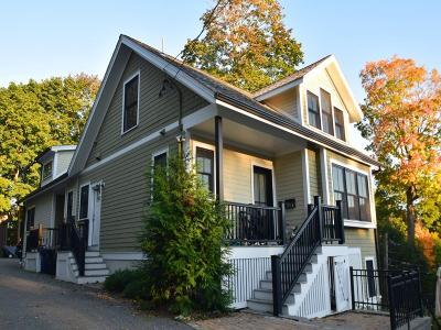Condo/Townhouse Under Agreement: 207 Chestnut #2