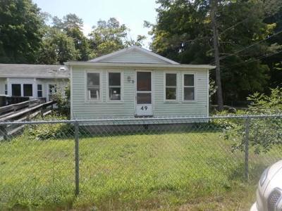 Abington Single Family Home For Sale: 49 Pine St