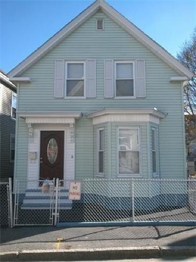 Lowell Single Family Home For Sale: 42 Kinsman St