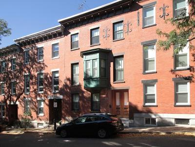 Single Family Home Contingent: 54 Baldwin St