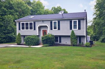 Berkley Single Family Home For Sale: 20 Tide Meadows Dr