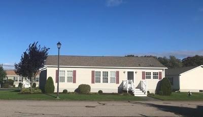 Brockton Single Family Home For Sale: 10 Fairway Drive