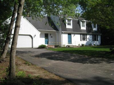 Easton Single Family Home For Sale: 31 Briarwood Cir