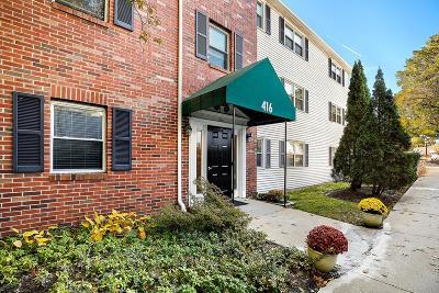 Newton Condo/Townhouse Contingent: 416 Grove St #B3