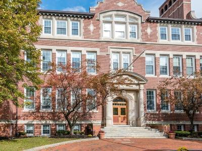 Malden Condo/Townhouse Under Agreement: 20-30 Daniels St #118
