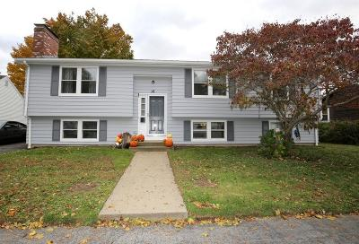 Gloucester Single Family Home For Sale: 16 Corliss Ave